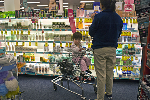 Safety Tips for Shopping with a Baby or Toddler